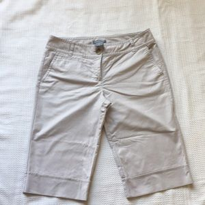 Ann Taylor Signature fit Bermuda shorts